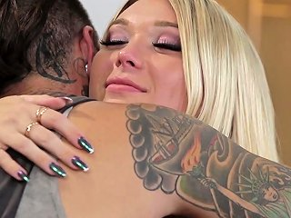 Transsensual Aubrey Kate Shares Herself With Tatted Guy